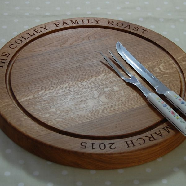 The Large Round Carving Board, font Bookman Old Style