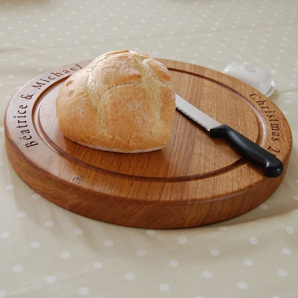 Personalised wooden bread board, size 38 dia x 4cm, font Byington