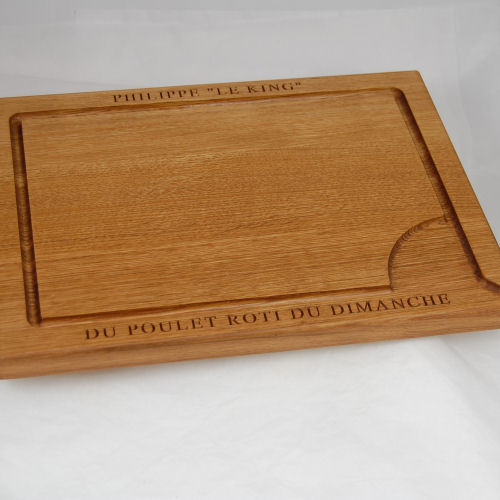 Personalised oak carving board, size 30x40x2.7cm, font Times New Roman