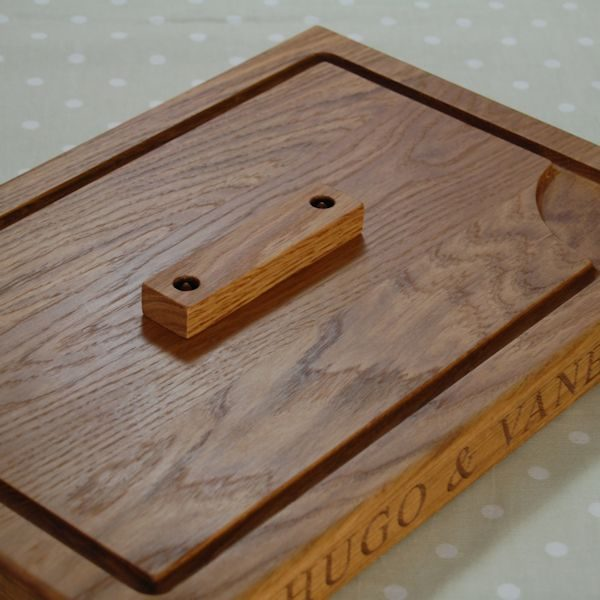 Personalised carving board with spikes, size 30x45x4cm, protective cover
