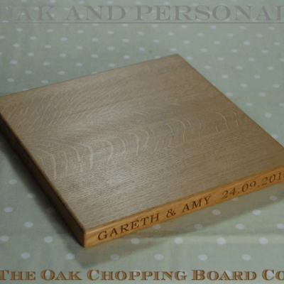 Personalised wooden cheese board, size 30x30x2.7cm, font Bookman Old Style