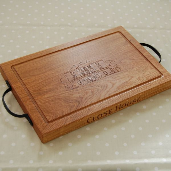 Personalised rustic chopping board, size 30x45x4cm, bespoke engraving