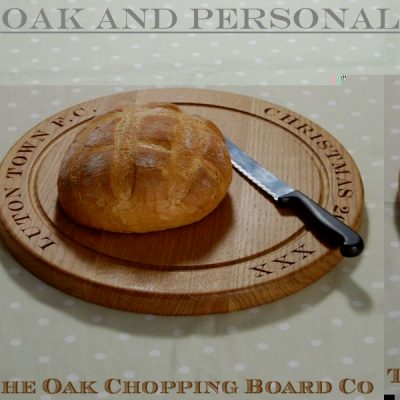Personalised wooden bread board, size 38 dia x 2.7cm, font Engravers MT (other football clubs are available!)