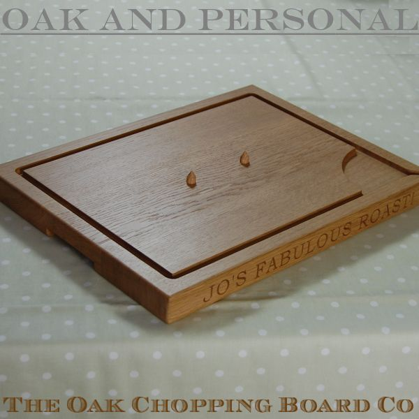 Personalised wooden extra large carving board, font Bookman Old Style, optional spikes