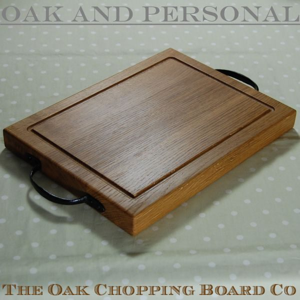 Rustic wooden chopping board with wrought iron handles, size 30x40x4cm